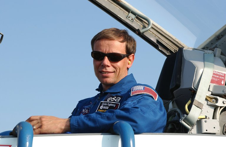 Christer Fuglesang onboard a T-38 jet