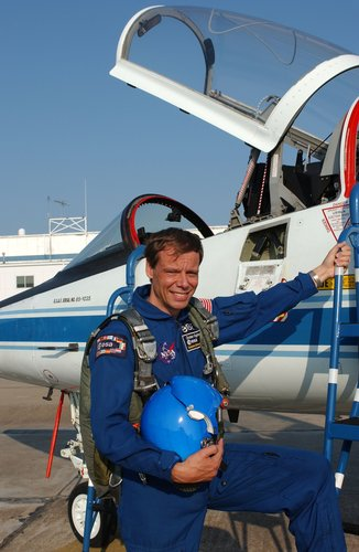 Christer Fuglesang ready for flight training on a T-38 jet