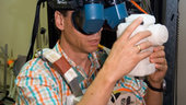 Spacewalk training using virtual reality