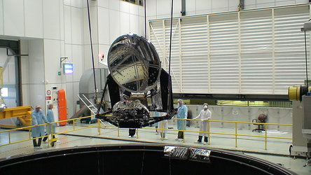 Planck's mirrors are lowered into the Large Space Simulator
