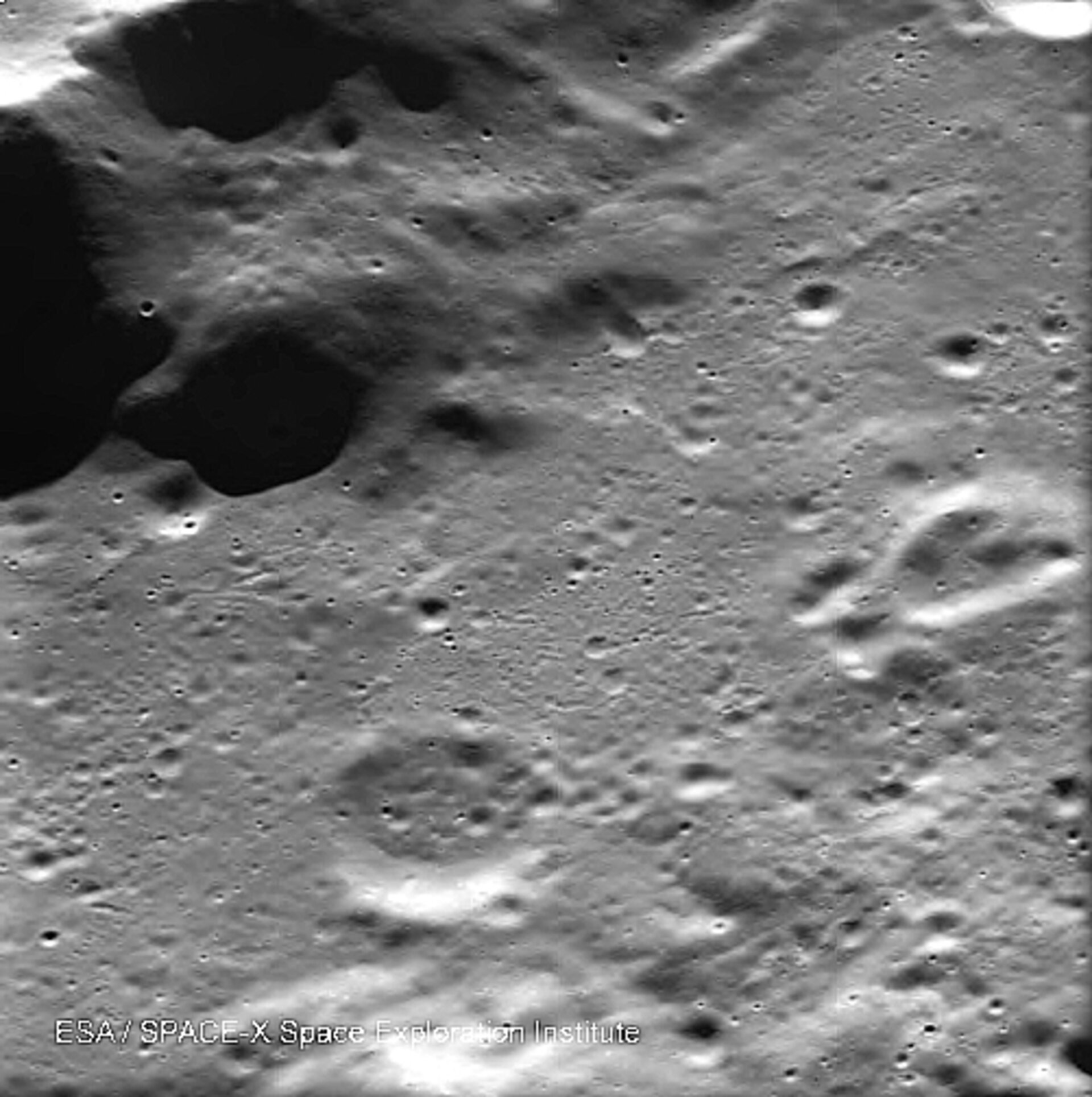 Impact 'spots' on the Moon
