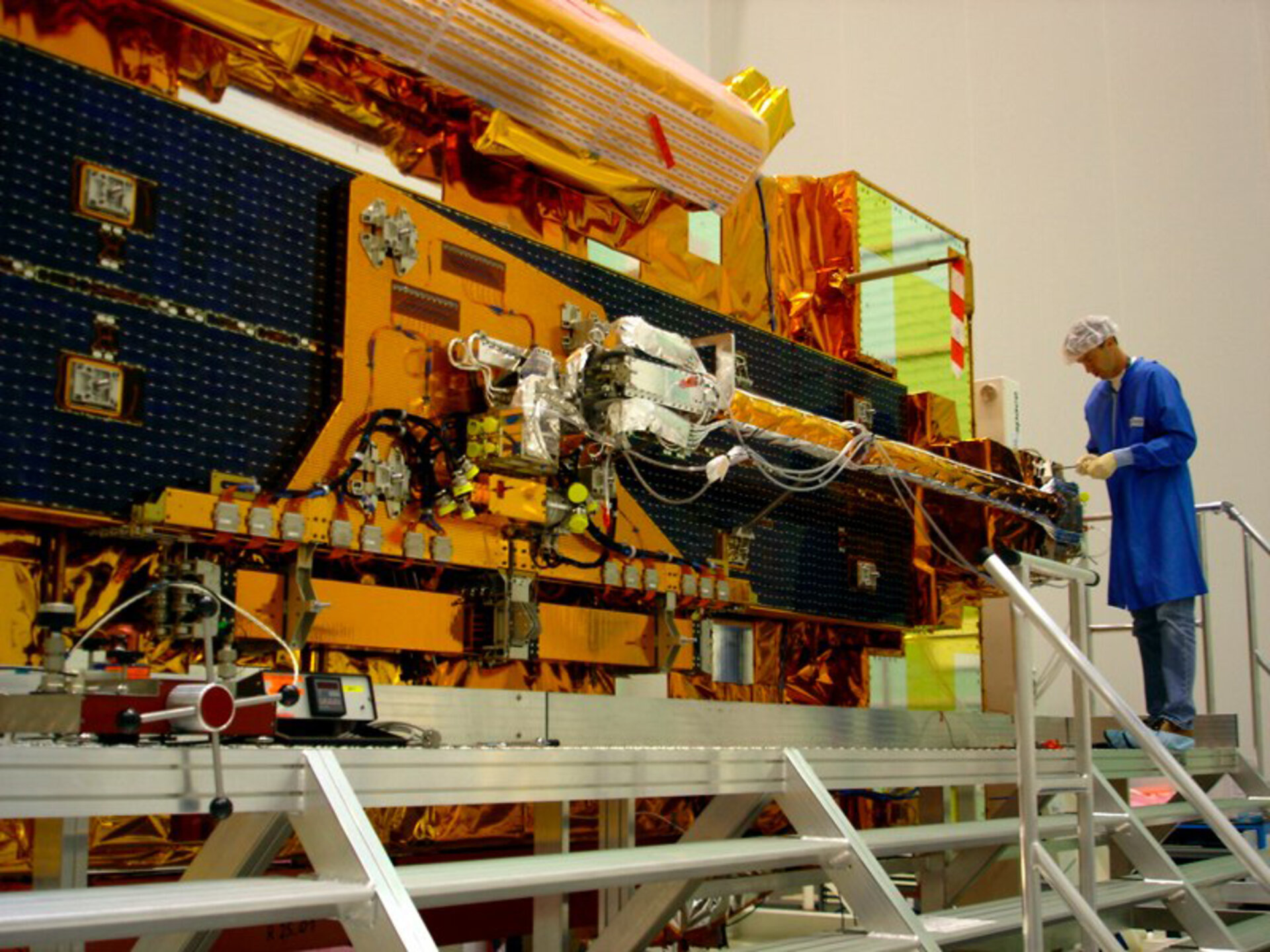 MetOp undergoing preparations in Baikonur