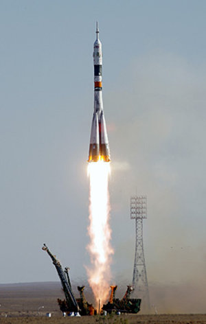 The Russian Soyuz TMA-9 rocket carrying the world's first female space tourist, Anoushen Ansari