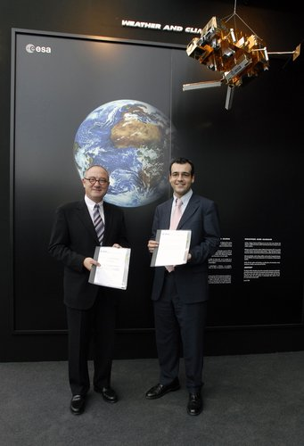ESA's Director General and CDTI's Director General