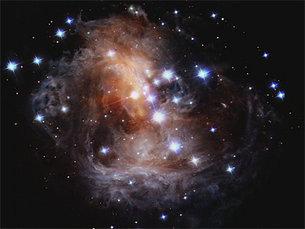 Evolution of the light echo around V838 Monocerotis