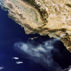 Envisat sees California's 'Esperanza' fire