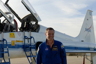 ESA astronaut Christer Fuglesang shortly after arrival at KSC for the termal countdown demonstration test