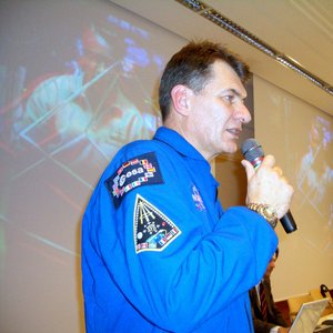 ESA astronaut Paolo Nespoli speaks with his colleague Thomas Reiter on the ISS