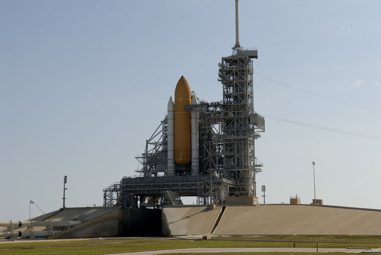 NASA's Space Shuttle Discovery undergoes final pre-launch processing on Launch Complex 39B
