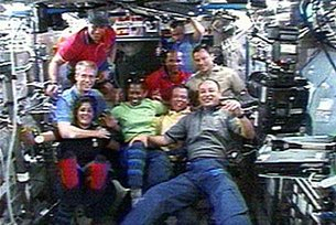 Expedition 14 and STS-116 crew