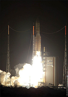 Night launch of Ariane 5 ECA