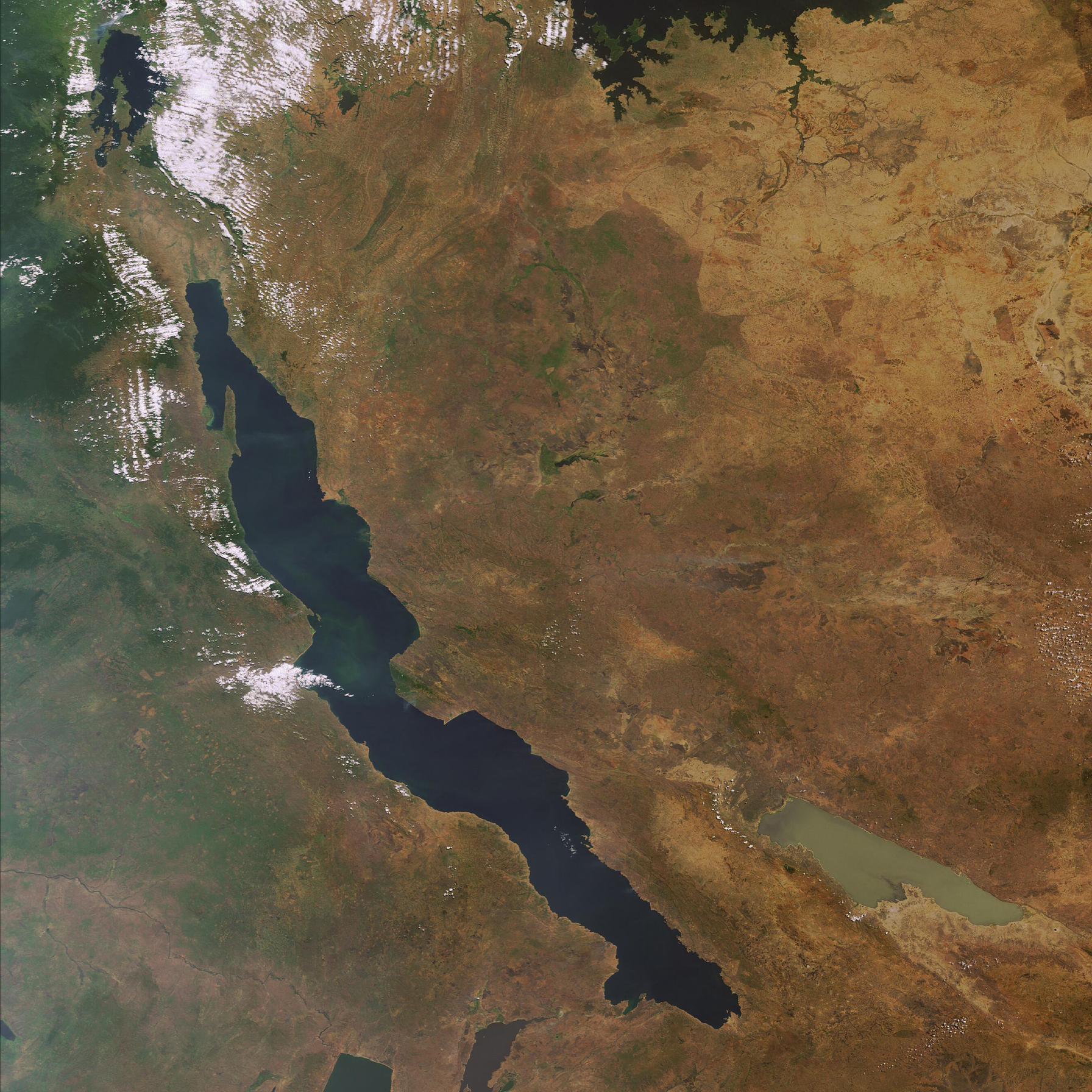 Space in Images - 2007 - 01 - Envisat sees Lake Tanganyika