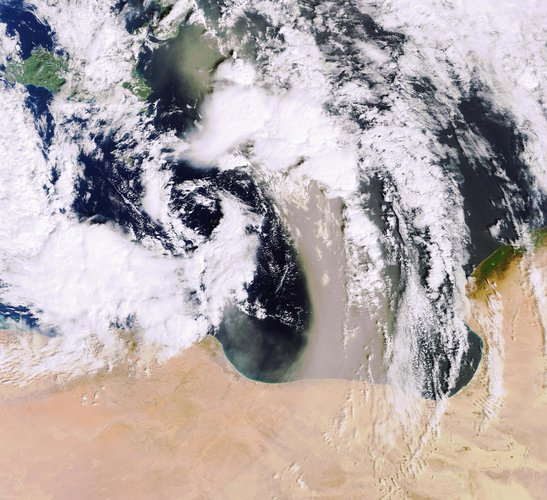 Envisat image of a sandstorm over the Mediterranean