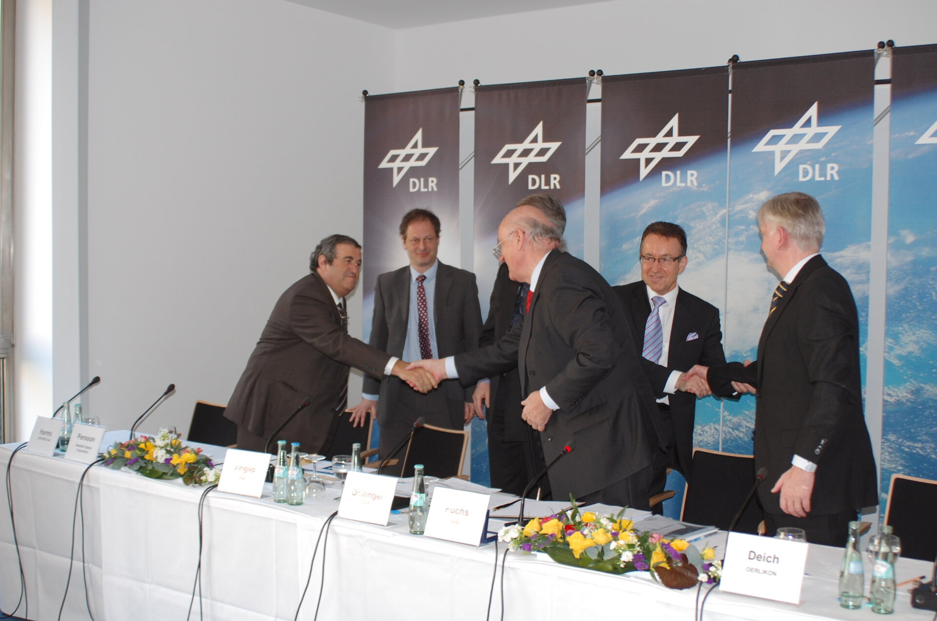 The framework contract was signed today in Berlin