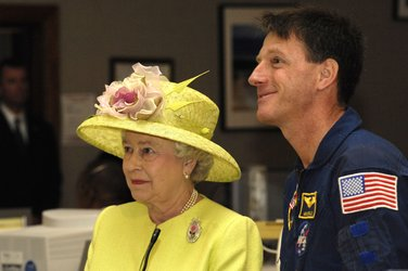 Queen Elizabeth II and Michael Foale during live video downlink with ISS crew from NASA's Goddard Space Flight Center