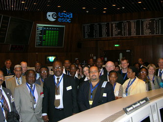 EU and ACP delegates visit the Main Control Room at ESOC, Darmstadt