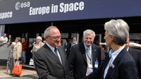 Mr. Dordain, ESA Director General welcomes Mrs Lagarde, French M