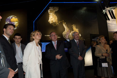 Mrs Pecresse, French Minister for Higher Education and Research visits the ESA pavilion with ESA DG Jean-Jacques Dordain