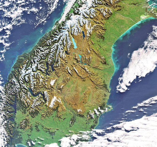New Zealand as seen by Envisat