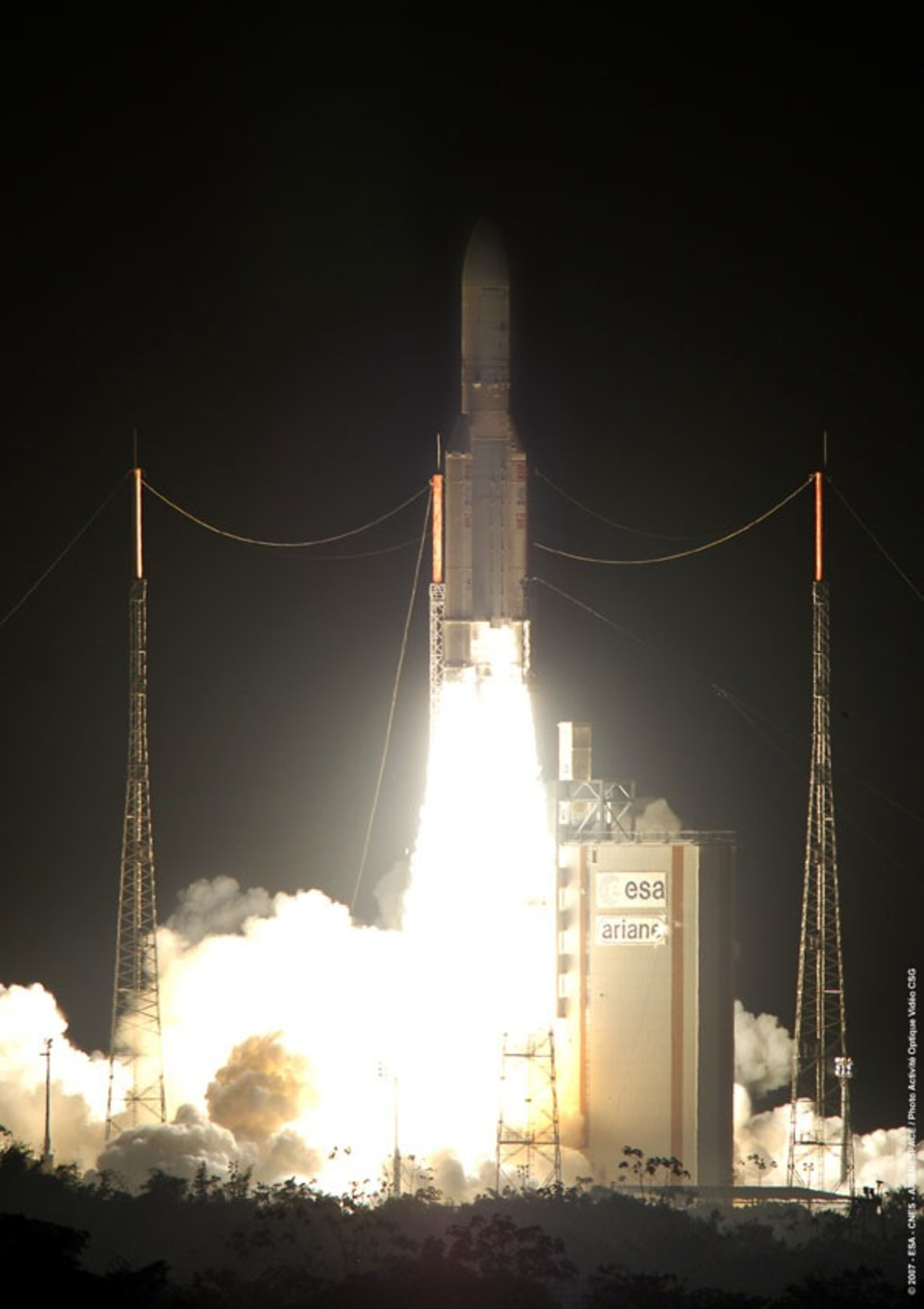 Ariane 5 ECA V177 clears the launch tower