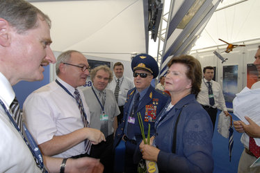 ESA Director General J.-J. Dordain and Christian Feichtinger meet retired cosmonauts Alexei Leonov and Valentina Tereshkova