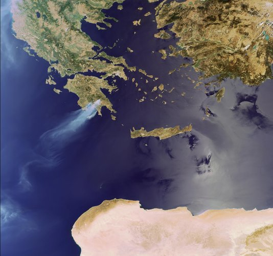 Fires raging across Peloponnese peninsula in 2007