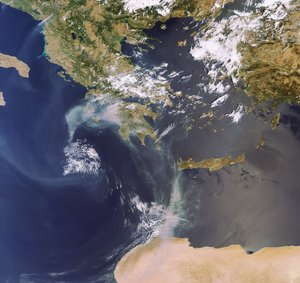 Haze of smoke in Greece on 27 August 2007