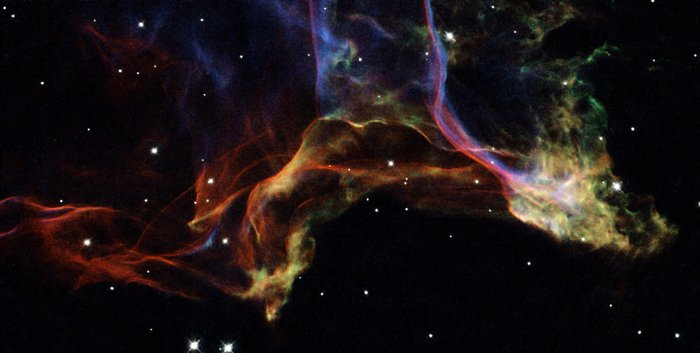 The twisted shockwaves of an exploded star