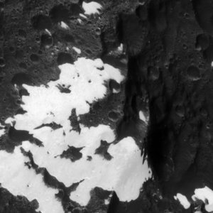Bright and Dark mountains on Iapetus