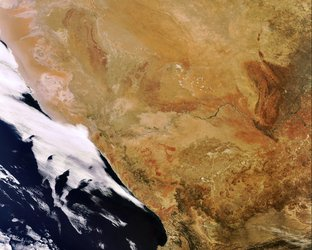 Envisat captures the Orange River