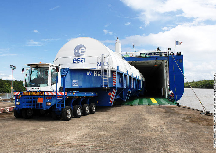 Cryogenic main core for Jules Verne ATV's Ariane 5 launcher arrives in Kourou