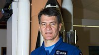 Nespoli at KSC Press Site