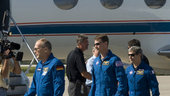 STS-122 mission crew arrive at KSC