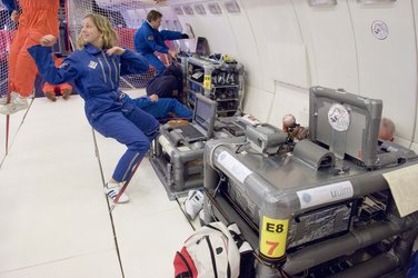 The 'Cricket-in-Space' experiment of the University of Ulm