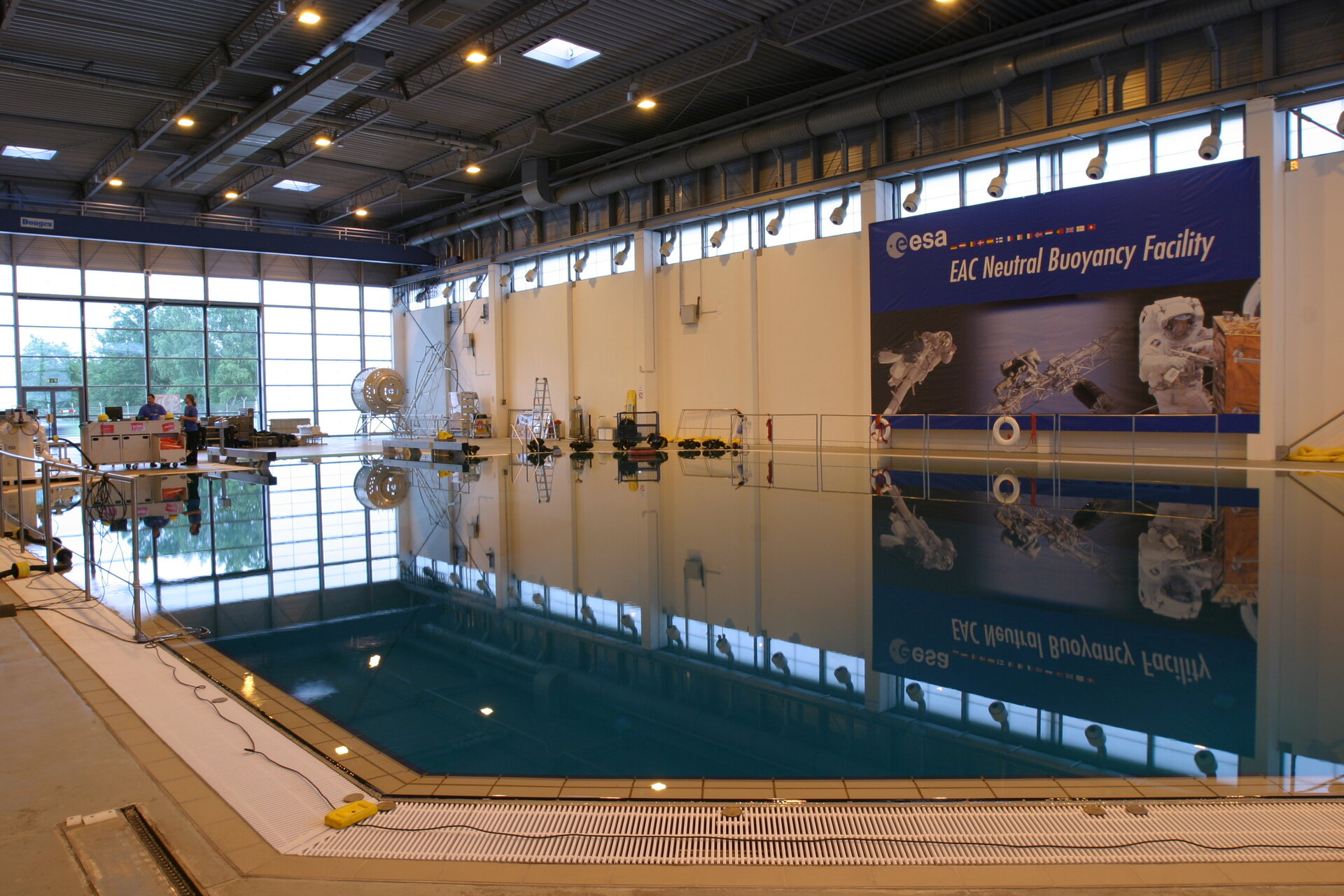 Neutral Buoyancy Facility at EAC in Cologne, Germany