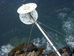 Oceanpal® measures sea and lake surface height and surface state