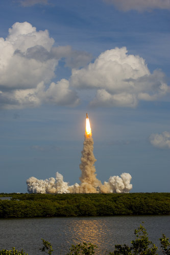 Atlantis lifts off