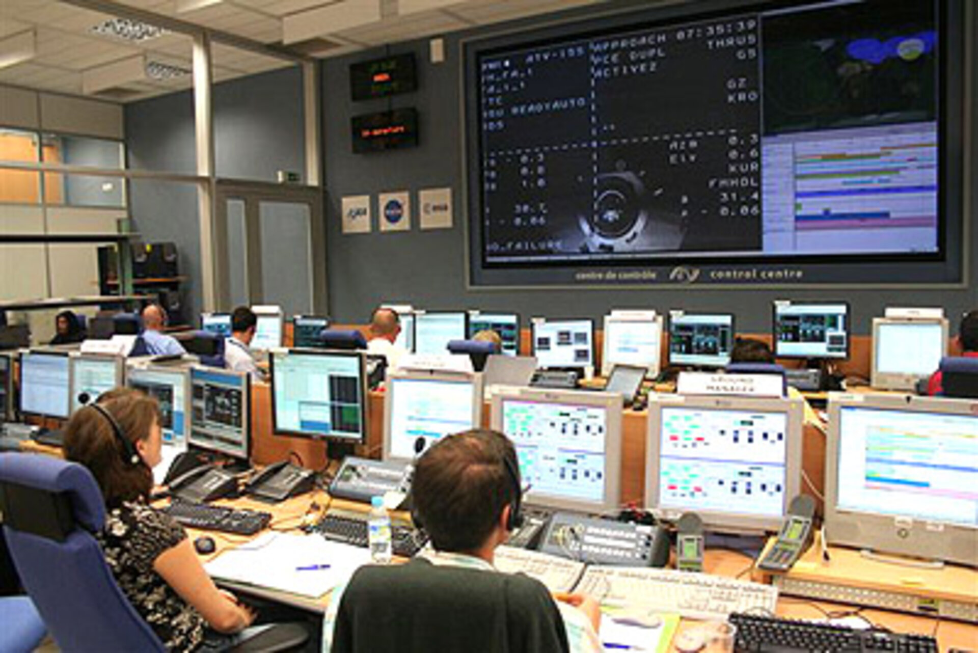 Mission controllers followed today's demonstration from the ATV Control Centre