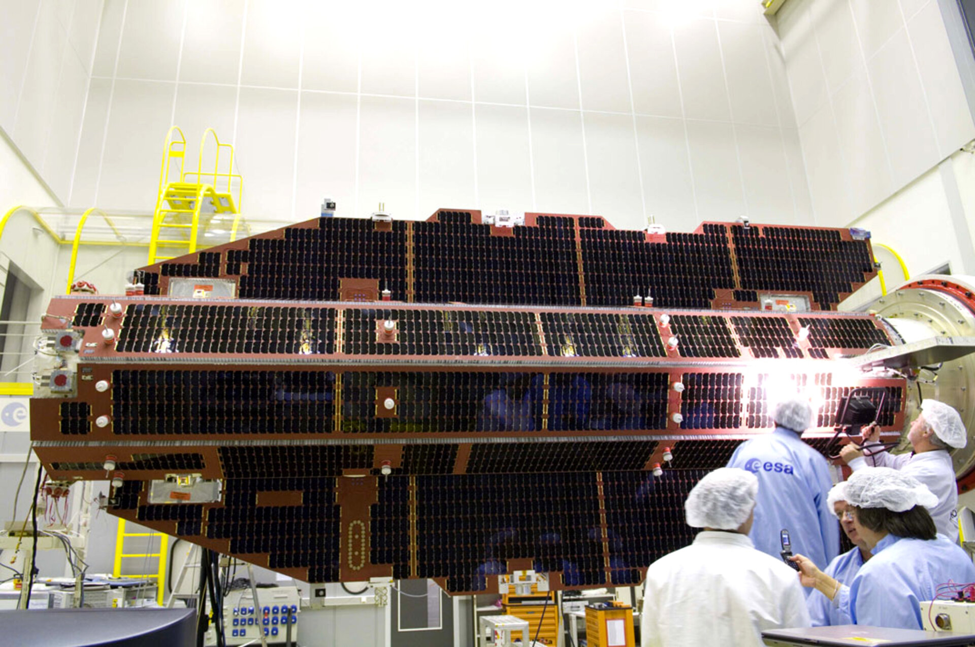 GOCE in ESA's test facilities