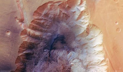 Hebes Chasma, false-colour nadir view