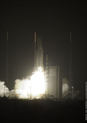 Liftoff of the Ariane 5 ES-ATV launcher with Jules Verne ATV