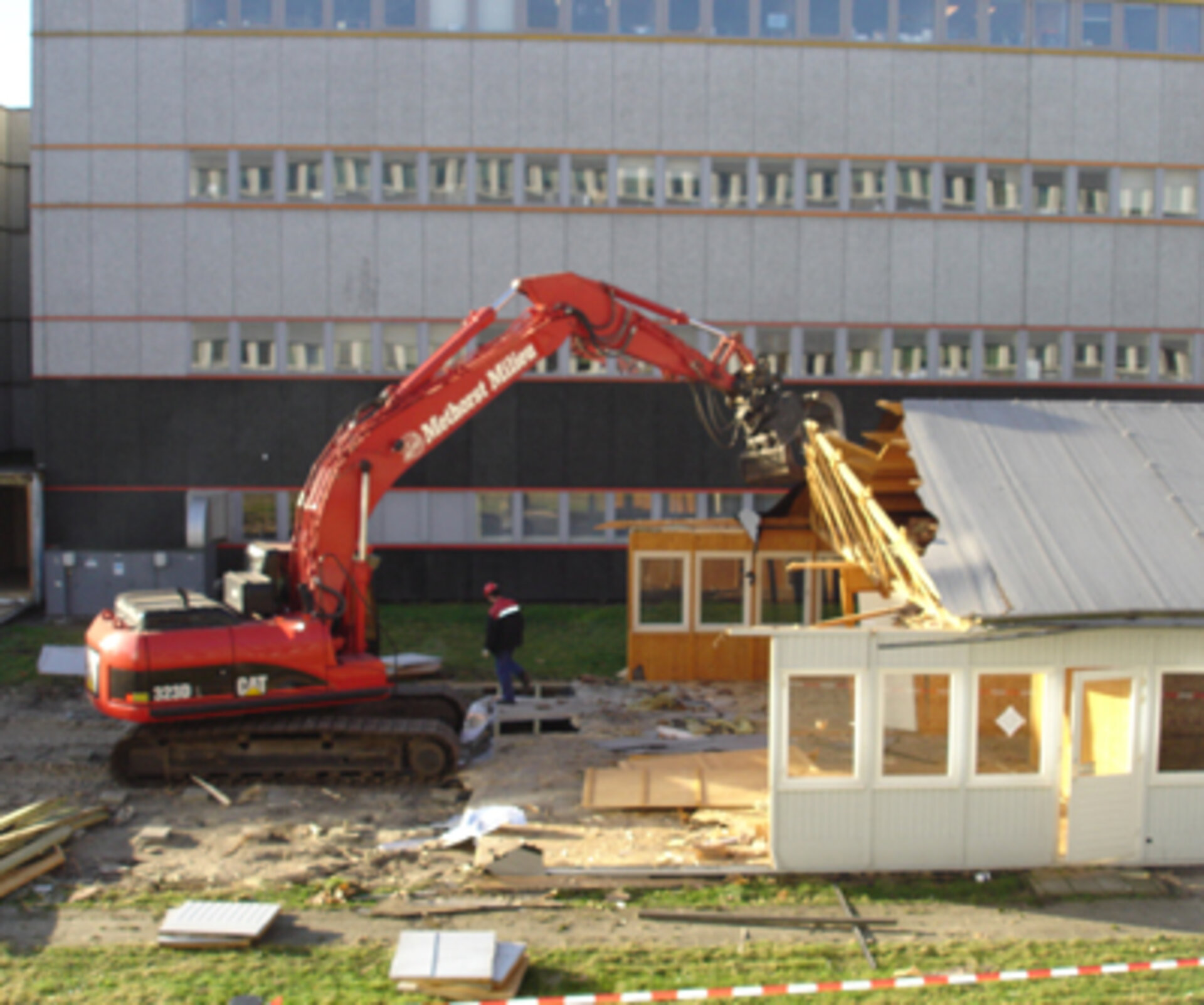 Destruction of the old CDF