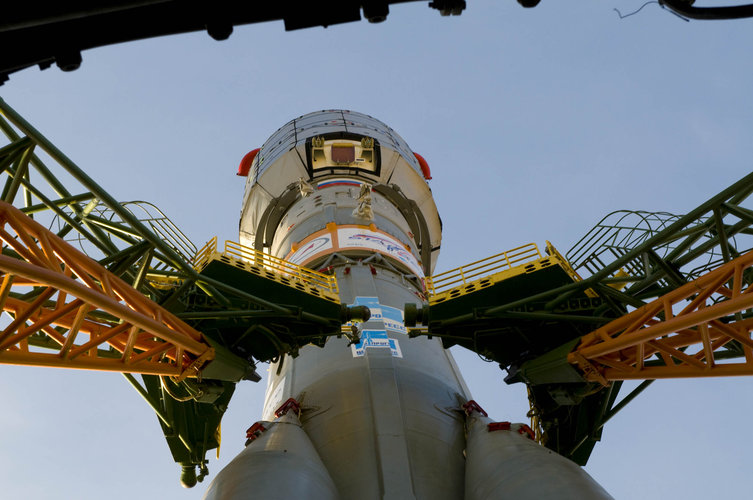 The Soyuz-Fregat launch vehicle carrying GIOVE-B on launch pad