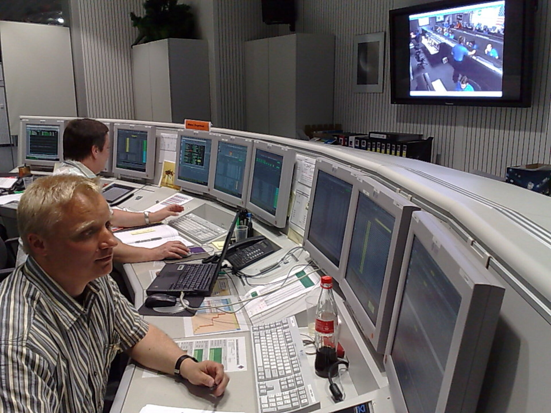Deputy Spacecraft Operations Manager Peter Schmitz in Mars Express Dedicated Control Room 26 May 2008