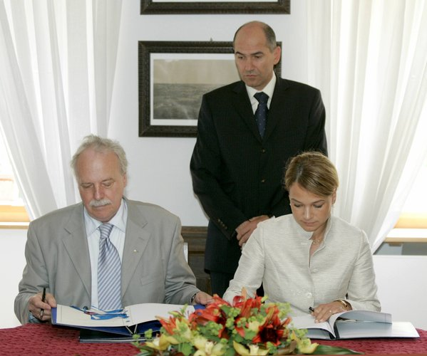 The signing of the Cooperation Agreement with Slovenia