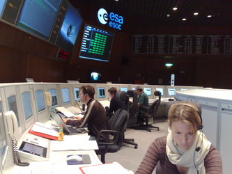 ESA mission controllers in simulation training for GOCE launch