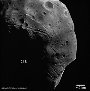 Striking close-up on Phobos