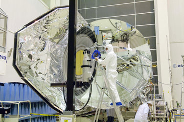 Herschel spacecraft during distance measurements between the primary and secondary mirrors