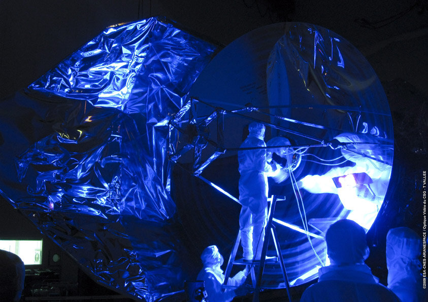 Herschel telescope final pre-flight inspection in ultraviolet light