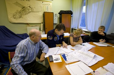Soyuz system training for Paolo Nespoli at Star City